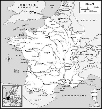 What is the history of clothing in France?