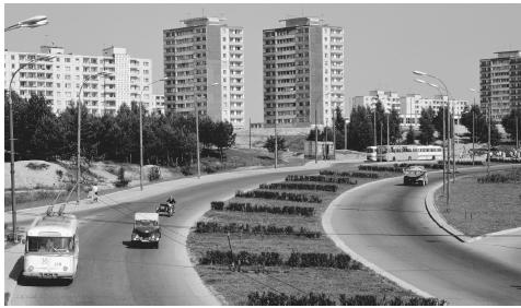 Vehicles dot a highway in the Lithuanian capital of Vilnius in 1975.