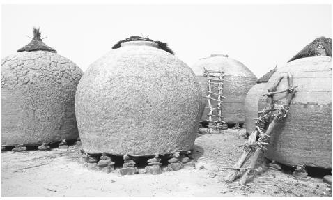 Granaries in a Niger village.